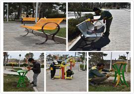 رنگ آمیزی نیمکت ها و سطل های زباله موجود در پارک شهر
